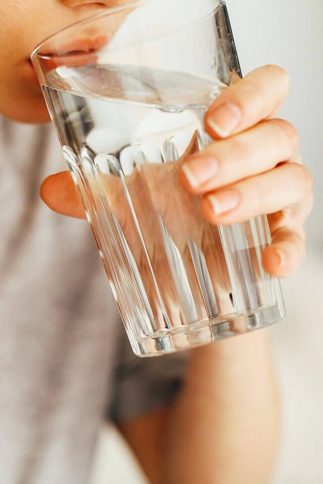 Foghúzás után egyből lehet inni - Fogorvos válaszol